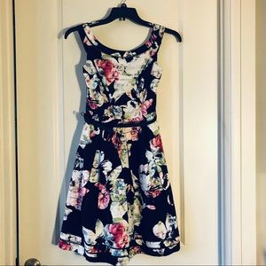 White House Black Market flower dress, size 4